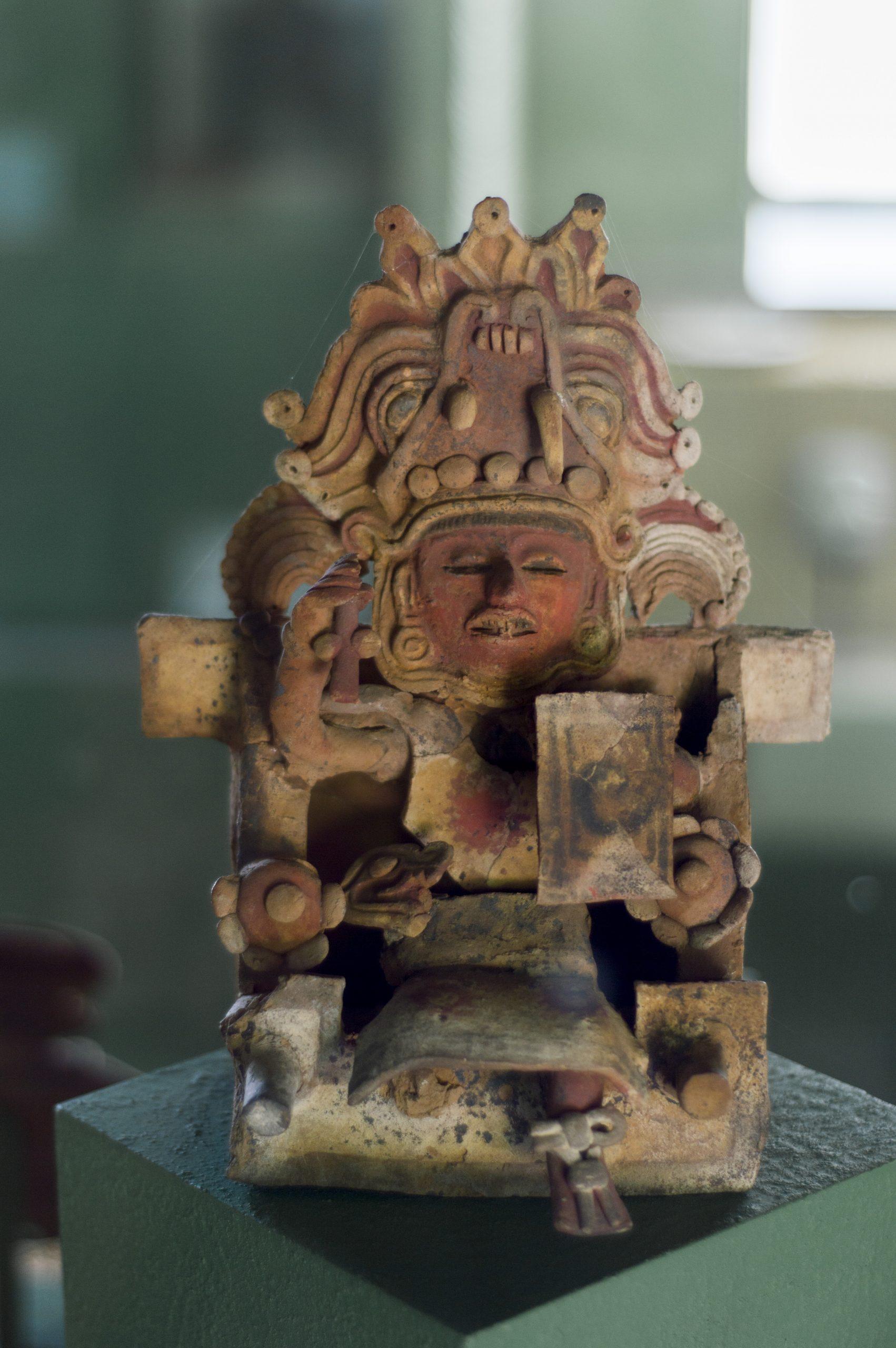 Figura de arcilla tlaxcalteca